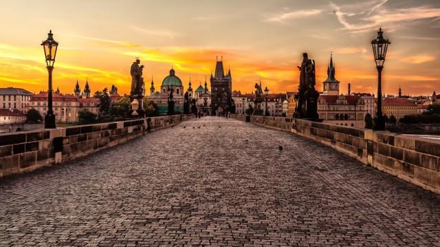 prague_czech_republic_charles_bridge