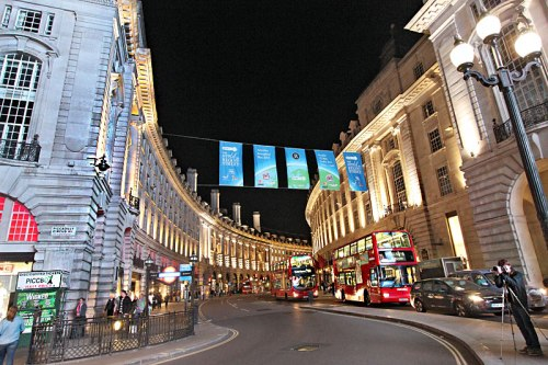 England-London-Piccadilly-Circus-Night